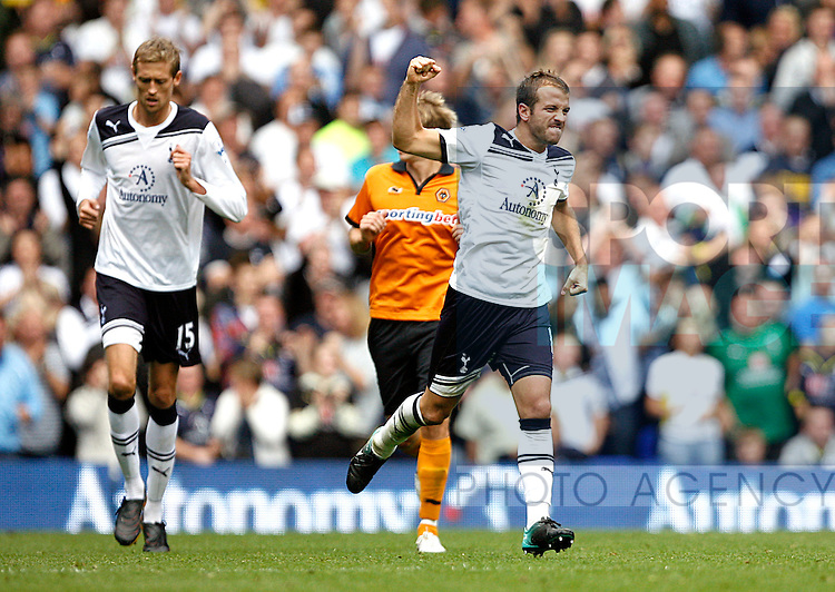 Rafael van der Vaart of Tottenham Hotspur celebrates scoring his side's first goal