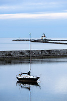 Oswego West Pierhead Lighthouse, Oswego, New York, USA.