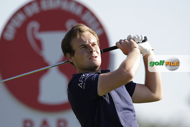 Tyrrell Hatton (ENG) tees off on the par3 5th tee during Thursday's Round 1 of the 2014 Open de Espana held at the PGA Catalunya Resort, Girona, Spain. Wednesday 15th May 2014.<br /> Picture: Eoin Clarke www.golffile.ie
