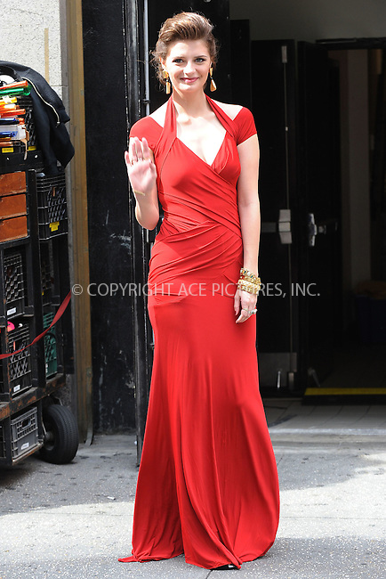 WWW.ACEPIXS.COM . . . . . ....September 14 2009, New York City....Actress Mischa Barton was on the set of the TV series 'The Beautiful Life' on September 14 2009 in New York City....Please byline: KRISTIN CALLAHAN - ACEPIXS.COM.. . . . . . ..Ace Pictures, Inc:  ..tel: (212) 243 8787 or (646) 769 0430..e-mail: info@acepixs.com..web: http://www.acepixs.com