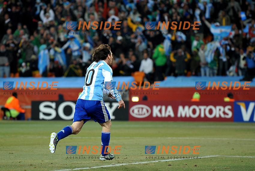 Lionel Messi (Argentina)<br /> Argentina Messico 3-1 - Argentina vs Mexico 3-1<br /> Campionati del Mondo di Calcio Sudafrica 2010 - World Cup South Africa 2010<br /> Soccer City Stadium, Johannesburg, 27 / 06 / 2010<br /> &copy; Giorgio Perottino / Insidefoto