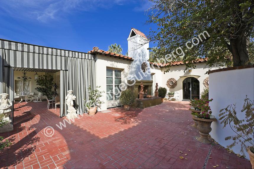 Liberace Estate