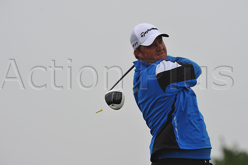 05.06.2011 Peter Hanson (SWE)  in action during round 4 of the  Saab Wales Open Golf Championship from Celtic Manor on the Twenty Ten Course in Newport Gwent Wales.