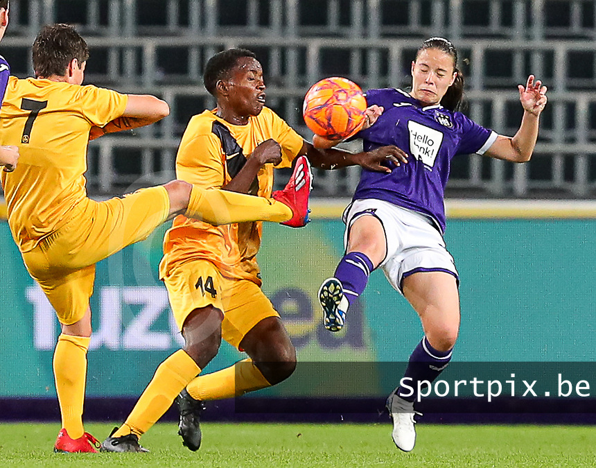 20190912 - Anderlecht , BELGIUM : Anderlecht's  Stefania Vatafu (10) and BIIK-Kazygurt's Rachel Kundananji (14) are pictured during the female soccer game between the Belgian Royal Sporting Club Anderlecht Dames  and BIIK Kazygurt from Shymkent in Kazachstan, this is the first leg in the round of 32 of the UEFA Women's Champions League season 2019-20120, Thursday 12 th September 2019 at the Lotto Park in Anderlecht , Belgium. PHOTO SPORTPIX.BE | SEVIL OKTEM