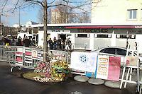 Hommage aux victimes de l'attentat de l'Hyper Cacher, Porte de Vincennes, ‡ Paris, France, le 05/01/2017. # HOMMAGE AUX VICTIMES DE L'ATTENTAT DE L'HYPER CACHER, 2 ANS APRES