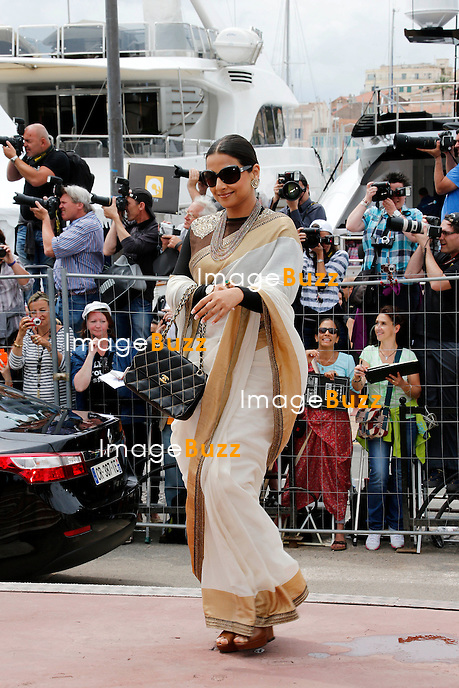 CPE/May 15, 2013-Cannes (FR)-President of Jury, director Steven Spielberg, Jury members Daniel Auteuil, Ang Lee, Christoph Waltz, Nicole Kidman, Vidya Balan and Naomi Kawase arrive at Palais Des Festivals.