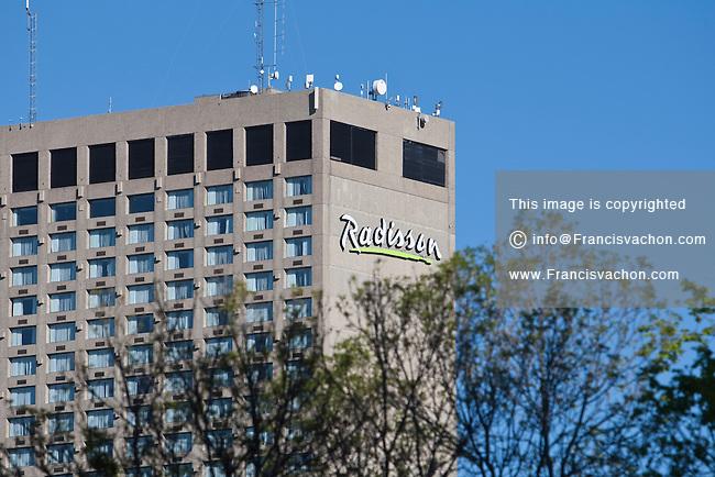Winnipeg Radisson hotel   Stock photos by Francis Vachon