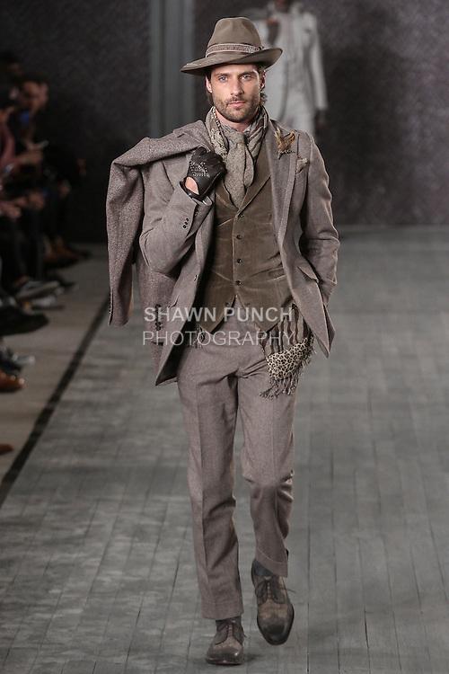 Inspired Edwardian clothing, Dutch stylish bike bags