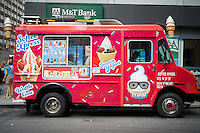 A generic soft ice cream truck called Softee Xpress in Midtown Manhattan in New York on Friday, September 4, 2015. (© Richard B. Levine)