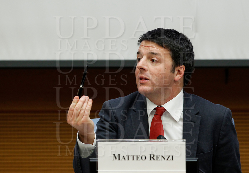 Il Presidente del Consiglio Matteo Renzi tiene la conferenza stampa di fine anno a Roma, 29 dicembre 2014.<br /> Italian Premier Matteo Renzi attends the year-end press conference in Rome, 29 December 2014.<br /> UPDATE IMAGES PRESS/Isabella Bonotto