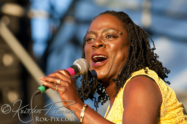 Sharon Jones and the DAP-Kings perform at the Life is Good Festival on September 23, 2012 in Canton, Massachusetts © Kristen Pierson