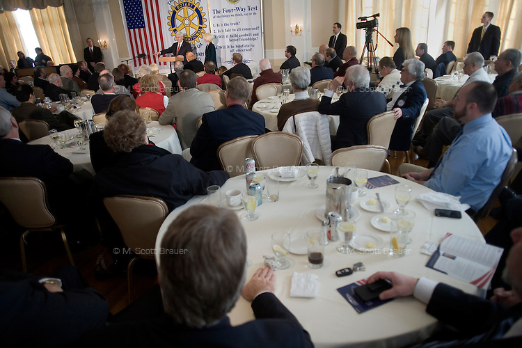 Newt Gingrich speaks to the Nashua Rotary Club at the Nashua Country Club in Nashua, New Hampshire, on Jan. 9, 2012.  Gingrich is seeking the 2012 Republican presidential nomination.