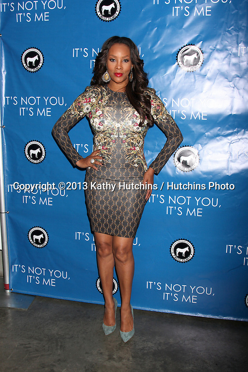 """LOS ANGELES - SEP 18:  Vivica A. Fox at the """"It;s Not You, It's Me"""" Screening at Downtown Independent Theater on September 18, 2013 in Los Angeles, CA"""