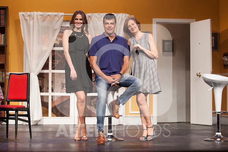 Actors Andoni Ferreno, Vanesa Romero and Esperanza Elipein pose for `El Clan de las Divorciadas´ theater play presentation in Madrid, Spain. August 19, 2015. (ALTERPHOTOS/Victor Blanco)