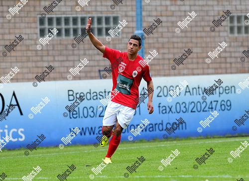 2013-07-03 / Voetbal / seizoen 2013-2014 / Wijnegem - R. Antwerp FC / Jordan Faucher (Antwerp) viert zijn doelpunt<br /><br />Foto: Mpics.be