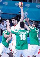 Algeria's Abdelkader Rahim (l), Hichem Kaabache (b) and Hichem Daoud (r) and Croatia's Marko Kopljar during 23rd Men's Handball World Championship preliminary round match.January 14,2013. (ALTERPHOTOS/Acero) 7NortePhoto