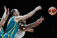 July 14, 2016: KADEEM ALLEN (5) of the Arizona Wildcats passes the ball during game 2 of the Australian Boomers Farewell Series between the Australian Boomers and the American PAC-12 All-Stars at Hisense Arena in Melbourne, Australia. Sydney Low/AsteriskImages.com