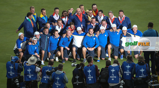Europe wins the Ryder Cup, Le Golf National, Île-de-France, France. 30/09/2018.<br /> Picture David Lloyd / Golffile.ie<br /> <br /> All photo usage must carry mandatory copyright credit (© Golffile   David Lloyd)