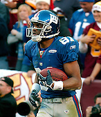 Landover, MD - December 24, 2005 -- New York Giant wide receiver Amani Toomer (81) looks back in shock after his apparent 4th quarter touchdown was called back due to a holding penalty against the Washington Redskins at FedEx Field in Landover, MD on December 24, 2005.  The Redskins won the game 35 - 20..Credit: Ron Sachs / CNP.(RESTRICTION: NO New York or New Jersey Newspapers or newspapers within a 75 mile radius of New York City)