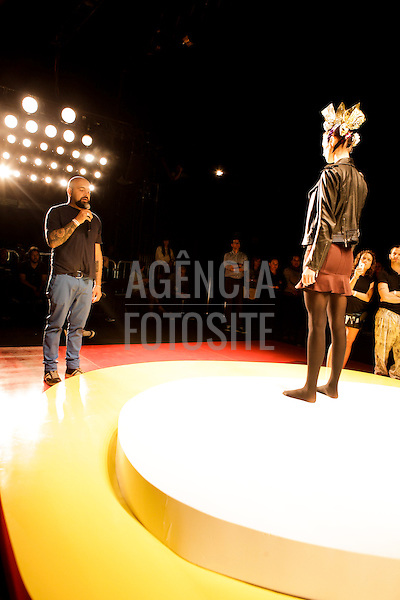Sao Paulo, Brasil - 04/04/2014 - Backstage  do desfile de Melissa durante o SPFW  - Verao 2015. <br /> Foto : Sergio Caddah/ FOTOSITE