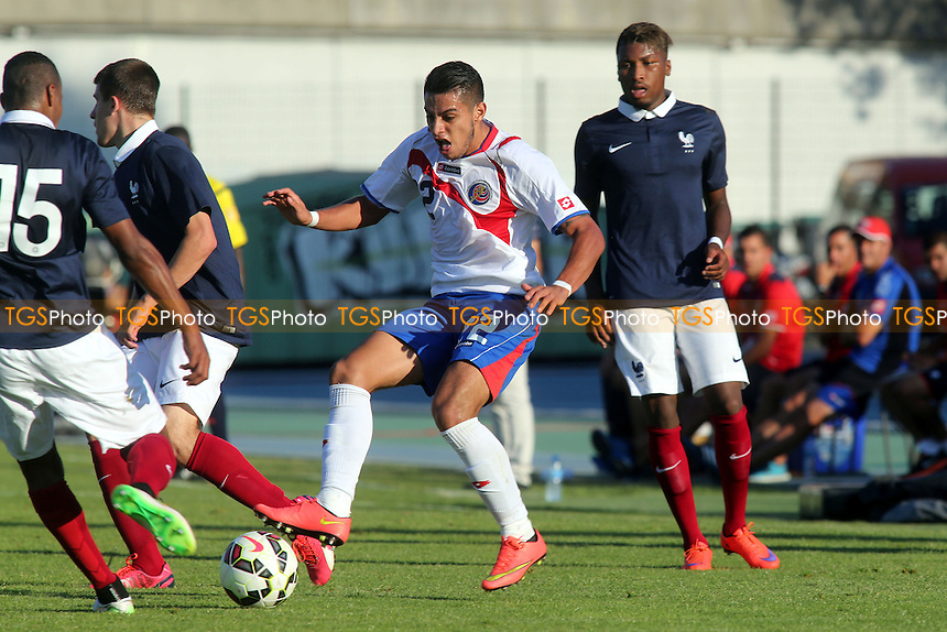 Ronald Matarrita of Costa Rica moves in to tackle Raphael Diarra of France  - France Under-20 vs Costa Rica Under-20 - 2015 Toulon Tournament Football at Stade de Lattre-de-Tassigny, Aubagne, France - 02/06/15 - MANDATORY CREDIT: Paul Dennis/TGSPHOTO - Self billing applies where appropriate - contact@tgsphoto.co.uk - NO UNPAID USE