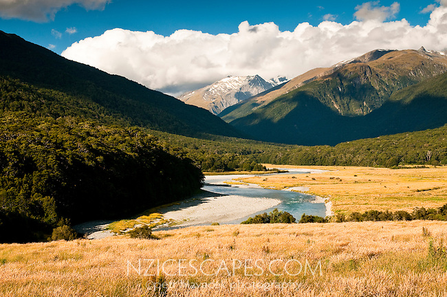 Makaroa River - Central Otago, Mt. Aspiring N.P.,New Zealand