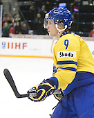 Mattias Tedenby (Sweden - 9) - Team Sweden celebrates after defeating Team Switzerland 11-4 to win the bronze medal in the 2010 World Juniors tournament on Tuesday, January 5, 2010, at the Credit Union Centre in Saskatoon, Saskatchewan.