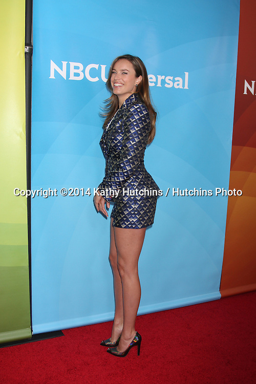 LOS ANGELES - JAN 19:  Jessica McNamee at the NBC TCA Winter 2014 Press Tour at Langham Huntington Hotel on January 19, 2014 in Pasadena, CA