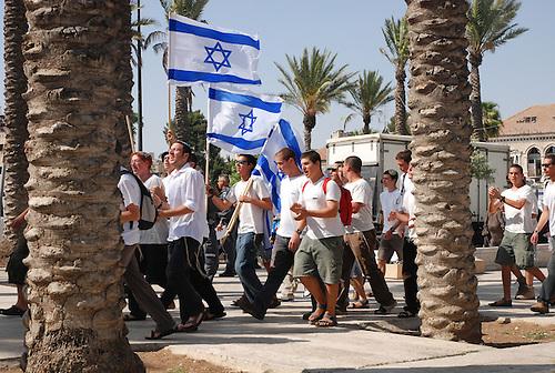 Jerusalem,  Mai 2009. Une manifestation est organisee par des colons juifs de Jerusalem, pour revendiquer la judaite de la ville sainte. La colonisation de Jerusalem est particulierement tendue, tandis que des familles juives sont installees au coeur des quartiers palestiniens, avec le soutient et la protection armee des autorites israelienne.