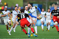 Matt Banahan of Bath Rugby looks to pass the ball. Aviva Premiership match, between Saracens and Bath Rugby on January 30, 2016 at Allianz Park in London, England. Photo by: Patrick Khachfe / Onside Images