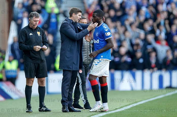 28.09.2018 Rangers v Aberdeen: Steven Gerrard and Sheyi Ojo