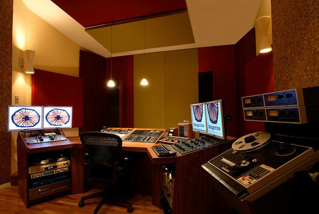 Mastering Studio, New Jersey.