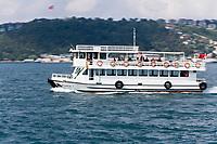 Europe/Turquie/Istanbul : Navigation fluviale sur le Bosphore
