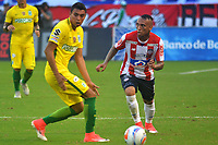 BARRANQUILLA -COLOMBIA ,30-07-2017.  Jarlam Barrera (Der.) jugador del Atlético Junior disputa el balón con Daniel Bocanegra(Izq.) jugador del Atlético Nacional durante encuentro  por la fecha 5 de la Liga Aguila II 2017 disputado en el estadio Metropolitano Roberto Meléndez de Barranquilla./ Jarlam Barrera  (R)  player of Atletico Junior fights the ball agaisnt of Daniel Bocanegra (L) palyer of Atletico Nacional .Action game between Atletico Junior and Atletico Nacional during match for the date 5 of the Aguila League II 2017 played at Metropolitano Roberto Melendez in Barranquilla . Photo:VizzorImage / Alfonso Cervantes  / Cont