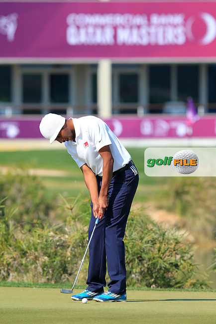 Ali Al-Shahrani (AM)(OAT) putts on the 9th green during Thursday's Round 2 of the 2015 Commercial Bank Qatar Masters held at Doha Golf Club, Doha, Qatar.: Picture Eoin Clarke, www.golffile.ie: 1/22/2015