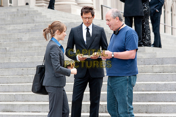 RACHEL McADAMS, JEFF GOLDBLUM & ROGER MICHELL (DIRECTOR).on the set of Morning Glory.*Filmstill - Editorial Use Only*.CAP/FB.Supplied by Capital Pictures.