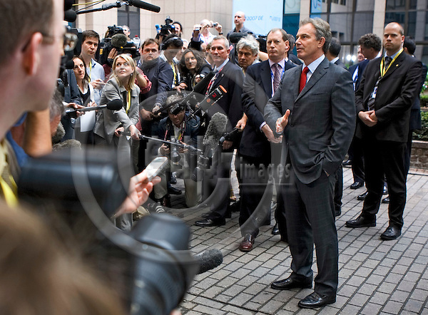 BRUSSELS - BELGIUM - 22 JUNE 2007 -- European Council / summit hosted by the German Presidency. -- Tony BLAIR, the Prime Minister of U.K. giving a short statement to the media while entering to EU-Council building to continue the meeting. -- PHOTO: Thierry MONASSE / EUP-IMAGES