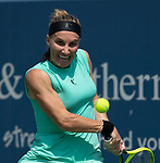 Svetlana Kuznetsova (RUS) defeated Ashleigh Barty (AUS) 6-2, 6-4