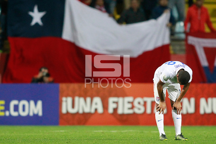 VINA DEL MAR, Chile - Friday, October 23, 2015: The USMNT U-17 lost to Chile 4-1 in first round group play action and fail to advance to the quarter final round in the 2015 FIFA U-17 World Cup at Stadium Sausalito.