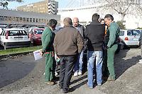 Fiumicino 17 Novembre 2007.Alitalia, lavoratori in cassa integrazione.Fiumicino November 17, 2007.Alitalia, workers on redundancy payment