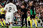 Head Coach Diego Simeone of Atletico de Madrid gestures during their La Liga  2018-19 match between Real Madrid CF and Atletico de Madrid at Santiago Bernabeu on September 29 2018 in Madrid, Spain. Photo by Diego Souto / Power Sport Images