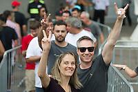 PORTO ALEGRE, RS, 02.03.2016 - ROLLING-STONES - Público começa a chegar para o show da banda britânica The Rolling Stones, no estádio do Beira Rio, na cidade de Porto Alegre, na noite desta quarta-feira (02). (Foto: Carlos Ferrari/Brazil Photo Press)