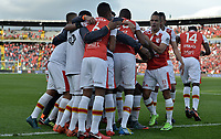BOGOTA - COLOMBIA, 28-01-2018: Jugadores de Independiente Santa Fe celebran después de anotar un gol a América de Cali durante partido por la final del Torneo Fox Sports 2018 jugado en el estadio Nemesio Camacho El Campin de la ciudad de Bogotá. / Players of Independiente Santa Fe celebrate after scoring a goal to America de Cali during match for the final of the Fox Sports Tournament 2018 played at Nemesio Camacho El Campin Stadium in Bogota city. Photo: VizzorImage / Gabriel Aponte / Staff.