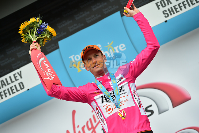 Pieter Weening Roompot- Nederlandse Loterij wins the climbers pink jersey at the end of Stage 3 of the Tour de Yorkshire 2017 running 194.5km from Bradford/Fox Valley to Sheffield, England. 30th April 2017. <br /> Picture: ASO/P.Ballet | Cyclefile<br /> <br /> <br /> All photos usage must carry mandatory copyright credit (&copy; Cyclefile | ASO/P.Ballet)