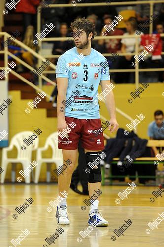 2013-10-31 / Volleybal / seizoen 2013-2014 / Topvolley Antwerpen / Yannick Van Harskamp<br /><br />Foto: Mpics.be
