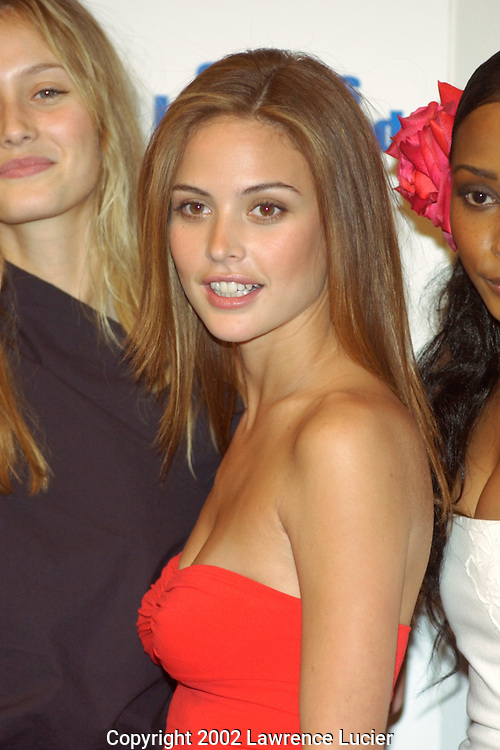 Model Josie Maran arrives at the unveiling of 2002 Sports Illustrated Swimsuit edition. The cover features model Yamila-Daiz Rahl..