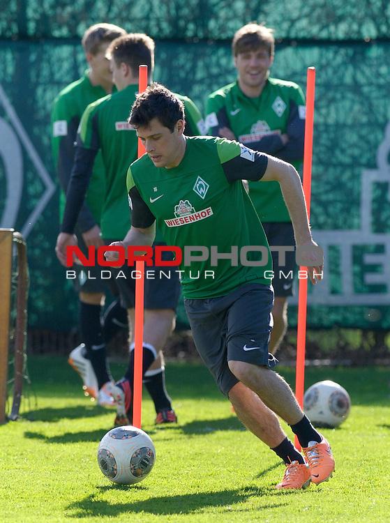20.03.2014, Trainingsgelaende, Bremen, GER, 1.FBL, Training Werder Bremen, im Bild Zlatko Junuzovic (Bremen #16)<br /> <br /> Foto &copy; nordphoto / Frisch