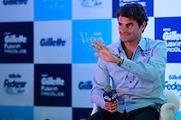 ATENÇÃO EDITOR: FOTO EMBARGADA PARA VEÍCULOS INTERNACIONAIS. SAO PAULO, SP, 06 DE DEZEMBRO DE 2012. APRESENTAÇÃO DO TORNEIO GILLETTE FEDERER TOUR.  o tenista Roger Federer durante a apresentação do novo torneio Gillette Federer Tour,  na manhã desta quinta feira na zona sul da capital paulista. O Gillette Federer Tour reunirá, durante quatro dias, o melhor do tênis mundial, no Ginásio do Ibirapuera, de 6 a 9 de dezembro, com a participação de grandes estrelas como Roger Federer, Tommy Haas, Thomaz Bellucci, Jo-Wilfried Tsonga, Tommy Robredo, Victoria Azarenka, Maria Sharapova, Serena Williams, Caroline Wozniacki, Bob e Mike Bryan e Marcelo Melo e Bruno Soares.  FOTO ADRIANA SPACA - BRAZIL PHOTO PRESS