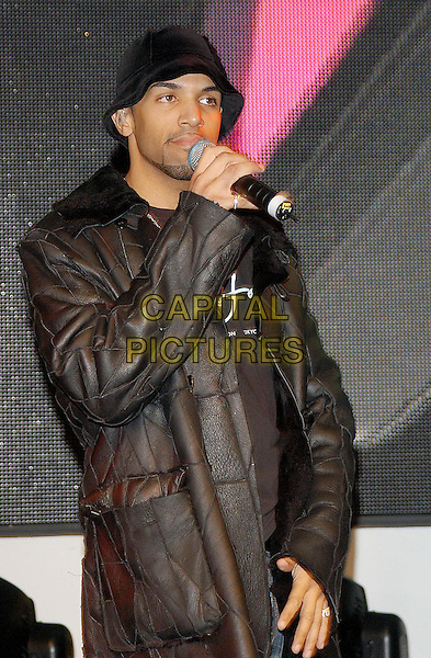 "CRAIG DAVID.performs at HMV & signs copies of his new album ""Slicker than your average"".www.capitalpictures.com.sales@capitalpictures.com.© Capital Pictures"