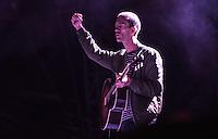 CIUDAD DE MEXICO, D.F. 21 Noviembre.- Richard Ashcroft durante el festival Corona Capital 2015 en el Autodromo Hermanos Rodríguez de la Ciudad de México, el 21 de noviembre de 2015.  FOTO: ALEJANDRO MELENDEZ